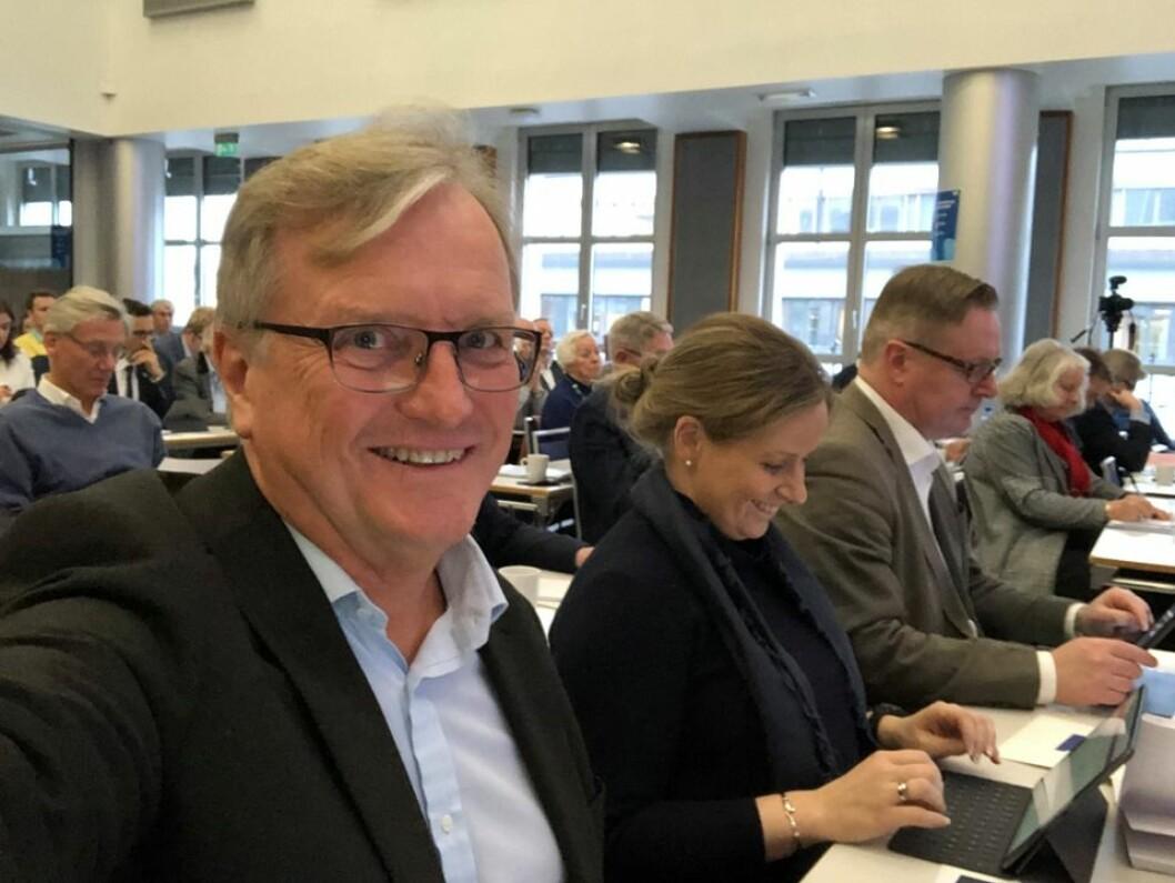 — Vi må begynne å venne oss til en tid etter oljen, og planlegge for denne, sier Per-Trygve Hoff (H) under Oslo Høyres årsmøte. Foto: Privat