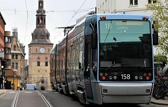 Dyrere buss, trikk og bane fra i dag. Ruter øker prisene på månedskort og billetter