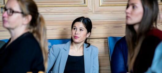 Mistillit mot Lan Marie Berg (MDG) settes på vent. Borgerlige partier vil ha høring først