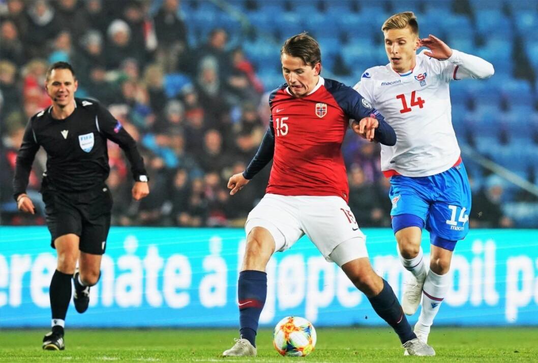 Midtbaneterrieren Sander Berge skal være på vei til Sheffield United i Premier League Det kan gi Vålerenga fotball sårt tiltrengte inntekter. Foto: Fredrik Hagen / NTB scanpix