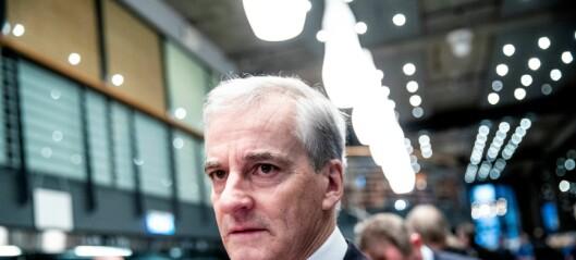 Jonas Gahr Støre tatt i billettkontroll