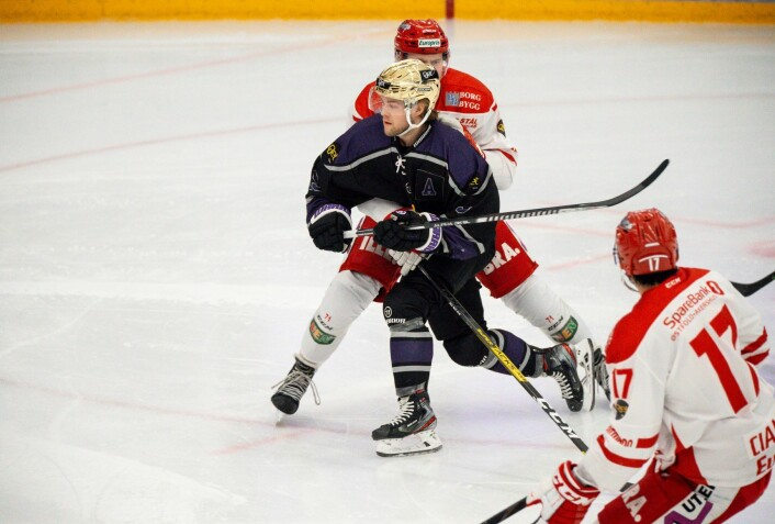 Ole Setsaas under eliteseriekampen mot Stjernen. Resultat: 2-9. Foto: Annika Byrde / NTB scanpix
