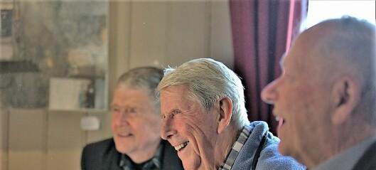 Klassekameratene fra Sagene skole har holdt sammen i mer enn 70 år. Hver måned treffes de fortsatt for en rusletur og stopp ved Dovrehallen