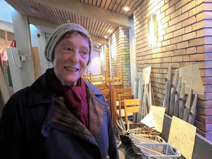 Rannfrid Helene Sande har fulgt Hasle Kirke siden den ble åpnet i 1960. – Selvfølgelig vil jeg sikre meg en orgelpipe, sier hun. Foto: Anders Høilund