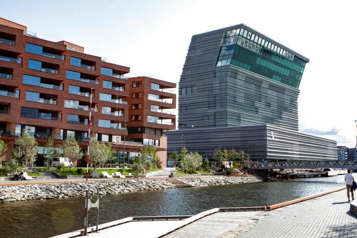 Det nye Munchmuseet, Lambda, har fått mye kritikk både for valg av form, farge og byggematerialer. Foto: Foto: Paul Kleiven / NTB scanpix