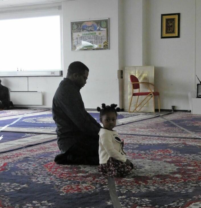 Pappatid i moskeen. Foto: Márcia Vagos