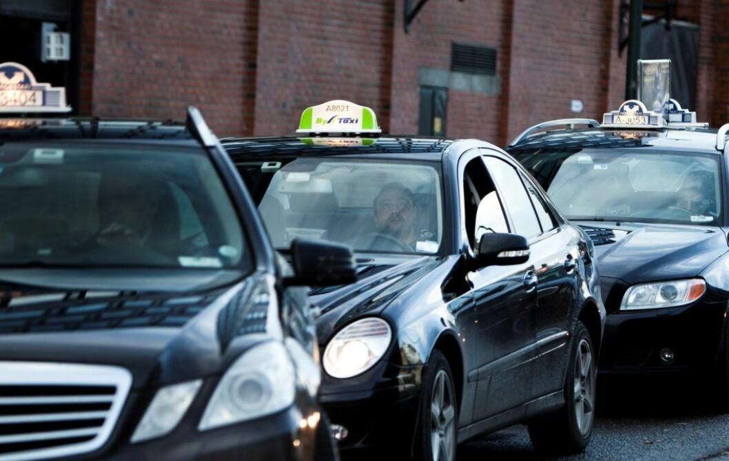 Passasjeren hoppet ut i lav fart skal ikke være alvorlig skadd. Illustrasjonsfoto: Aleksander Andersen / Scanpix