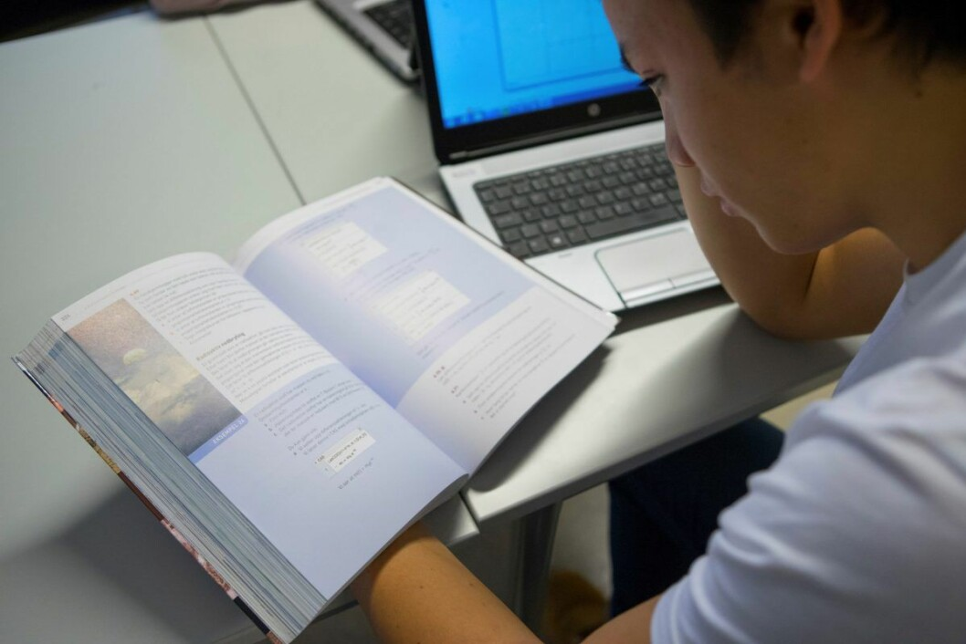 På nettet kan man øve seg på statsborgertesten som består av 32 spørsmål. 24 må være riktig besvart for å få bestått. Foto: Thomas Brun / NTB scanpix