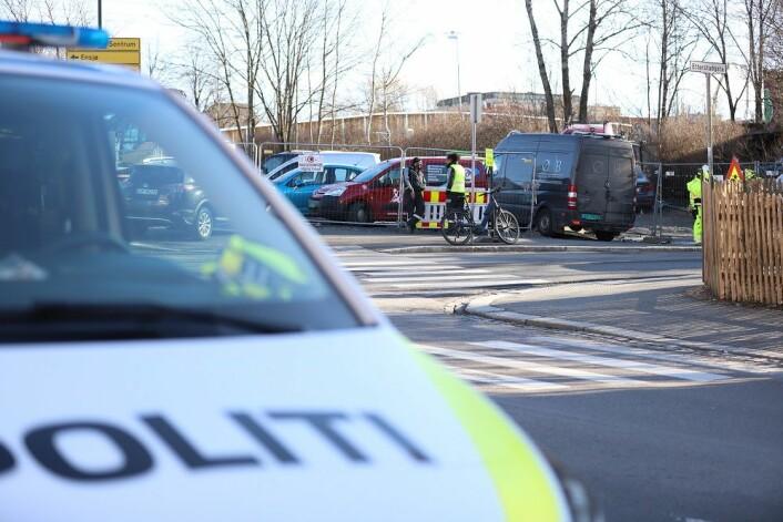 Da politiet kom til Sotakiosken ved Vålerenga hadde tumultene lagt seg. Foto: André Kjernsli