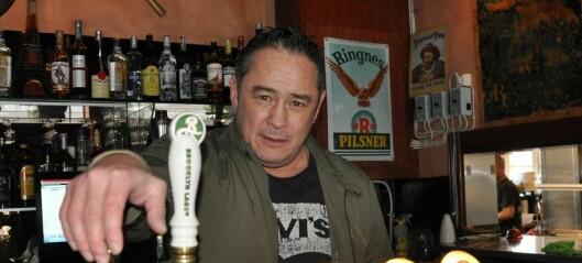 Tom Olsen på Bryn mistet skjenkebevilling. Åtte måneder senere har byrådet fortsatt ikke behandlet klagen hans