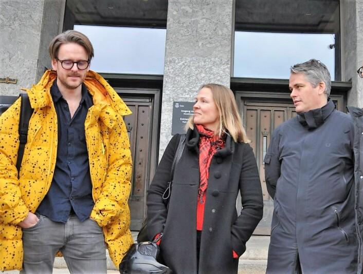FAU-leder Magnus Ravklo Stokke (t.v) har sammen med Bolteløkka-foreldrene Åsne Seierstad og Magnus Buflod lenge kjempet for en utvidelse av skolegården ved Bolteløkka skole. Nå blir dette høyst sansynlig en realitet. Foto: Arnsten Linstad