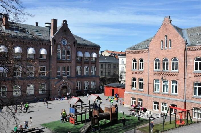 Slik ser deler av skolegården ved Bolteløkka skole ut i dag. Nå blir den høyst sansynlig utvidet med over ett mål. Foto: Arnsten Linstad