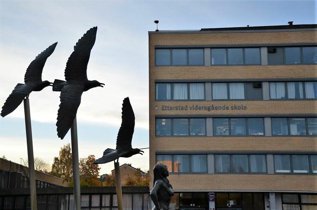 Etterstad videregående skole holder åpent, selv om en lærer er smittet av korona-virus. Foto: Morten Lauveng Jørgensen