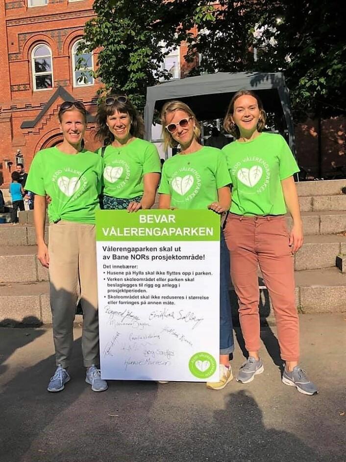Fra venstre: Camilla Rønes; fra Redd Vålerengaparken, Veslemøy Lode; fra Redd Vålerengaparken, Martha Haukaas; fra Vålerenga Vel og Åsne Dahl Torp; nestleder i FAU og Redd Vålerengaparken. Foto: Redd Vålerengaparken