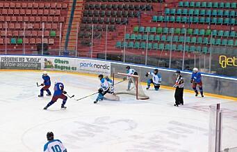 Trym Brodal Hagen (15) skåret det aller, aller siste hockeymålet på gamle Jordal Amfi