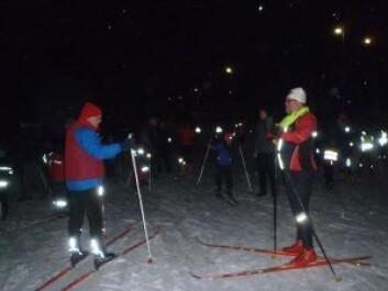 Stein Thoresenog Gorm Tronerud gjør klar for skiskole på Linderudkollen.