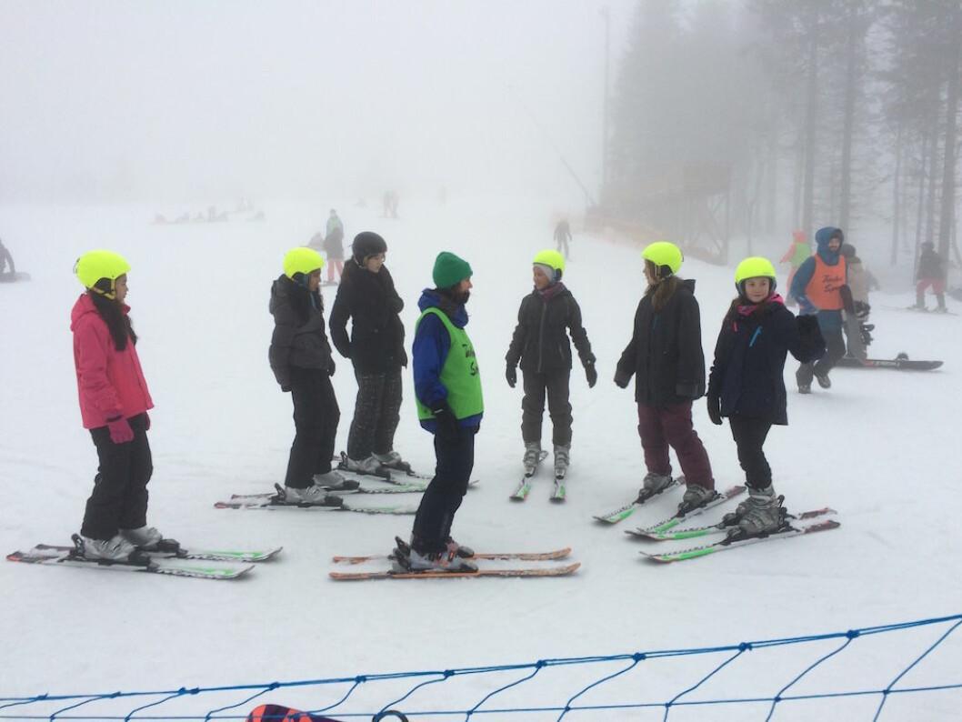 Barn i bydel Gamle Oslo får stå gratis på ski på Tryvann. Foto: Tøyen Sportsklubb.