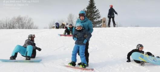 Det er aldri for sent å lære seg å stå på ski. Bare se