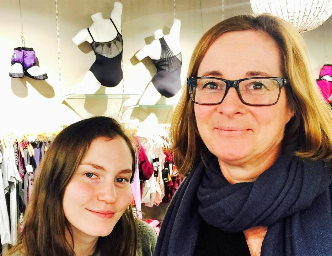 Elin Sønvisen Johansen og Kari Maartmann, i butikken La danse, frykter et bilforbud i Oslo.