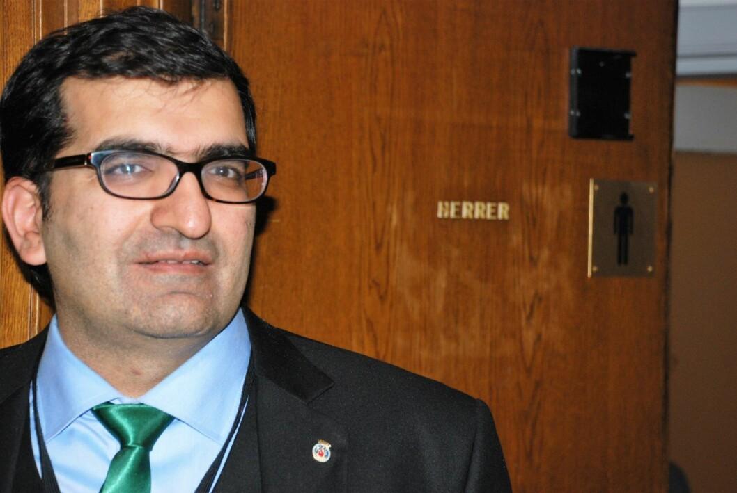 Shoaib Sultan (MDG) fikk gjennomslag i bystyret for kjønnsnøytrale toaletter i offentlige bygg.