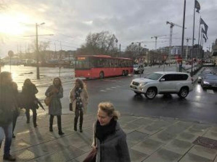 Buss men ingen trikk 12 ved Kontraskjæret i dag. Foto: Vegard Velle