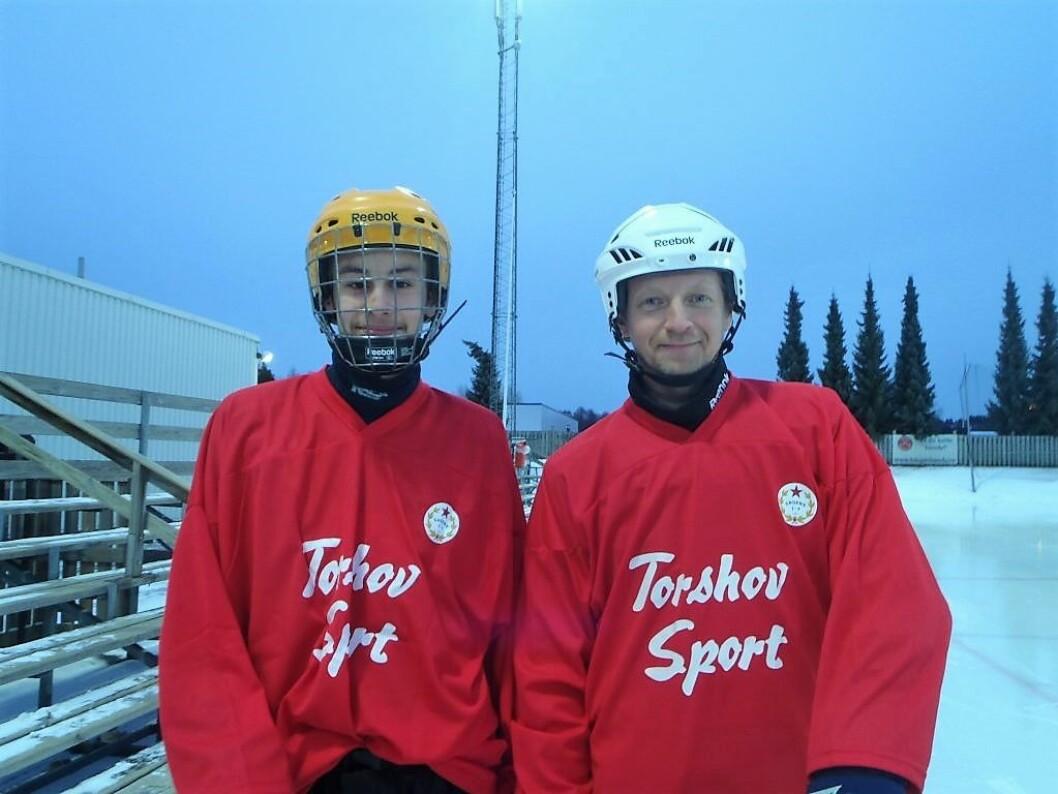 Åsmund Olai Sand-Larsen (14) og Eigil Spongsveen (43) var yngst og eldst på laget. Foto: Anders Høilund