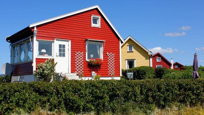 Lindøya er kjent for sine små og fargerike hytter. Foto: Tore22/Flickr.com