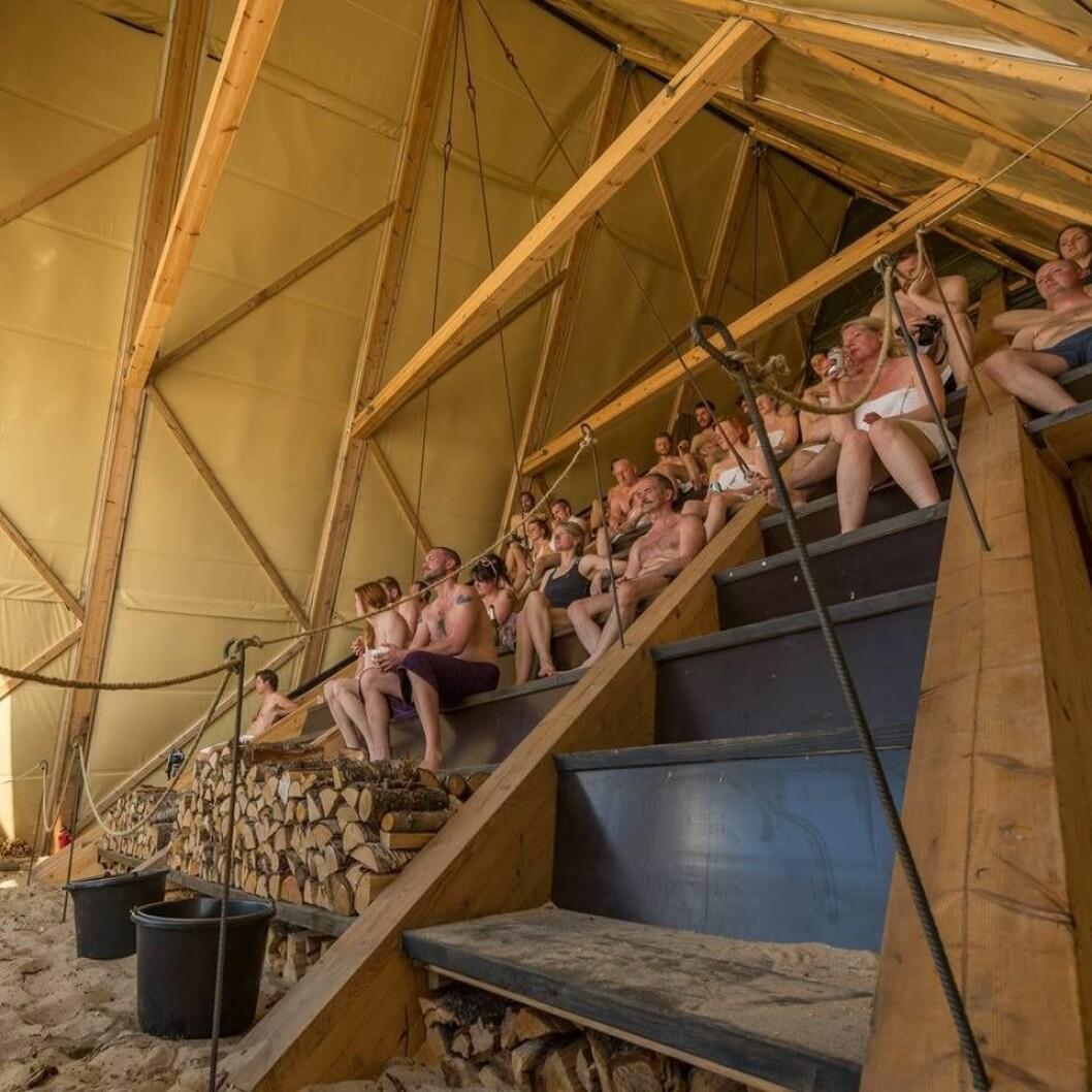 Påskeaften kan du nyte en tur i badstu og kulturinnslag på Langkaia ved havnelageret. Foto: Hans Jørgen Hamre