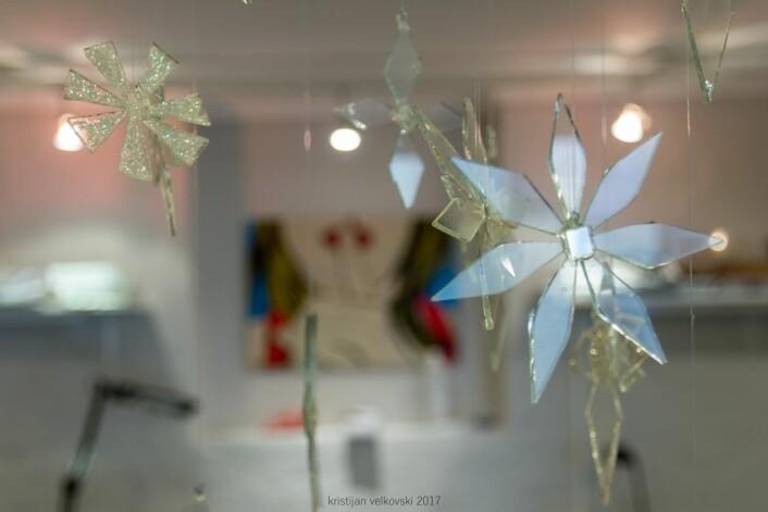 Glassblomster fra glassverkstedet. Foto: Kristijan Velkovski