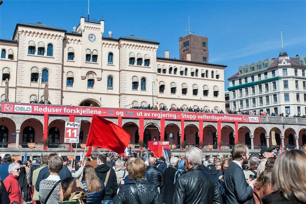 Årets 1. mai-markering samlet vel 8.000 mennesker på Youngstorget i Oslo. Foto: Anna Carlsson