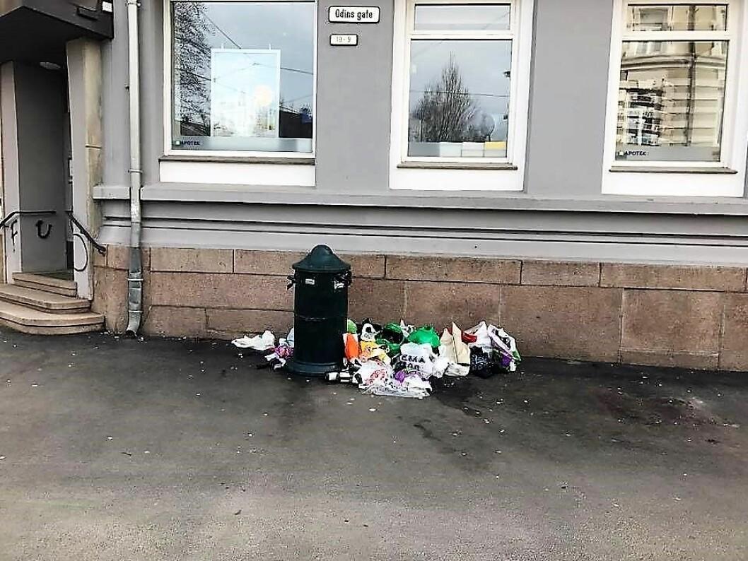 Søppel i Odins gate. Foto: Marit Jensen