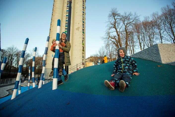 Nedre Foss park har blitt et lekeeldorado for både store og små. Foto: Bymiljøetaten