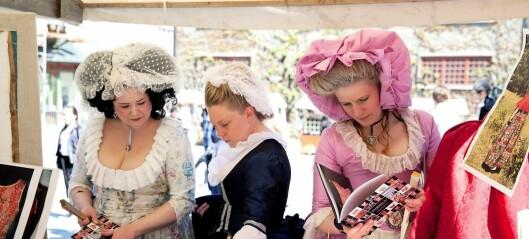 Bildeserie: Bli med på en elegant tidsreise til år 1700 på Norsk folkemuseum