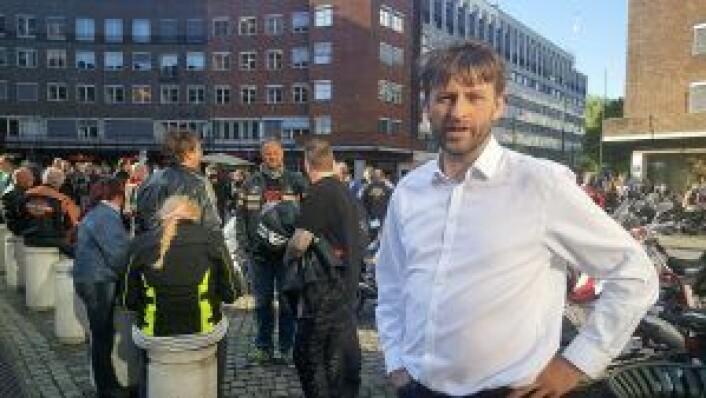 Eirik Lae Solberg på MC-mønstringen foran Rådhuset i går. Foto: Tarjei Kidd Olsen