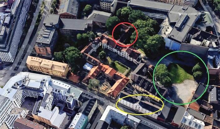 Rød ring er omsorgsboliger for tidligere rusmisbrukere, med vindu mot Prindsen hage, som er ringet rundt med grønt. Aktivitetshuset Prinsen er på gul ring. Foto: Google maps
