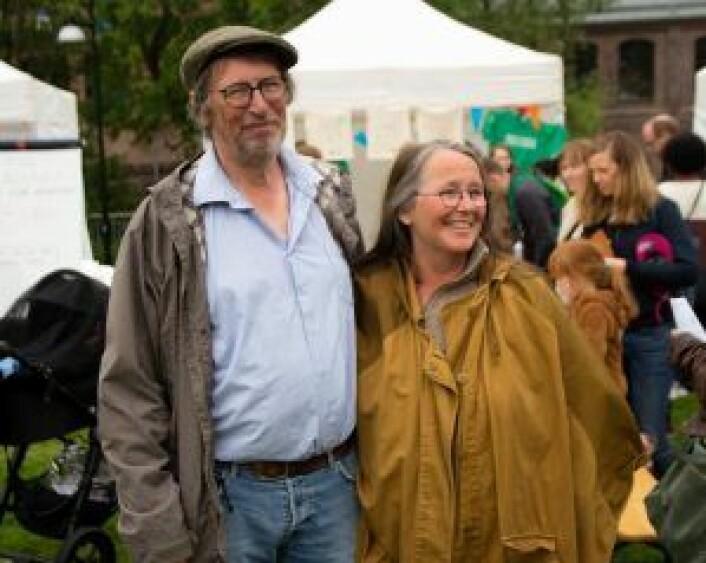 Richard og Andrea Patey besøkte miljøfestivalen med barnebarna. Foto: Susanne Skaug
