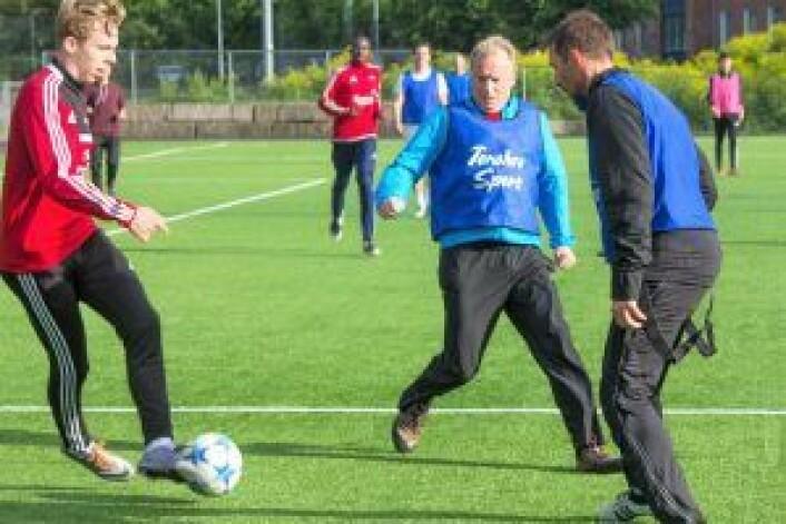 Vidar Riseth (t.v.) og byrådsleder Raymond Johansen. Foto: Henning Grøtterud Stensen/Søndre Nordstrand SV