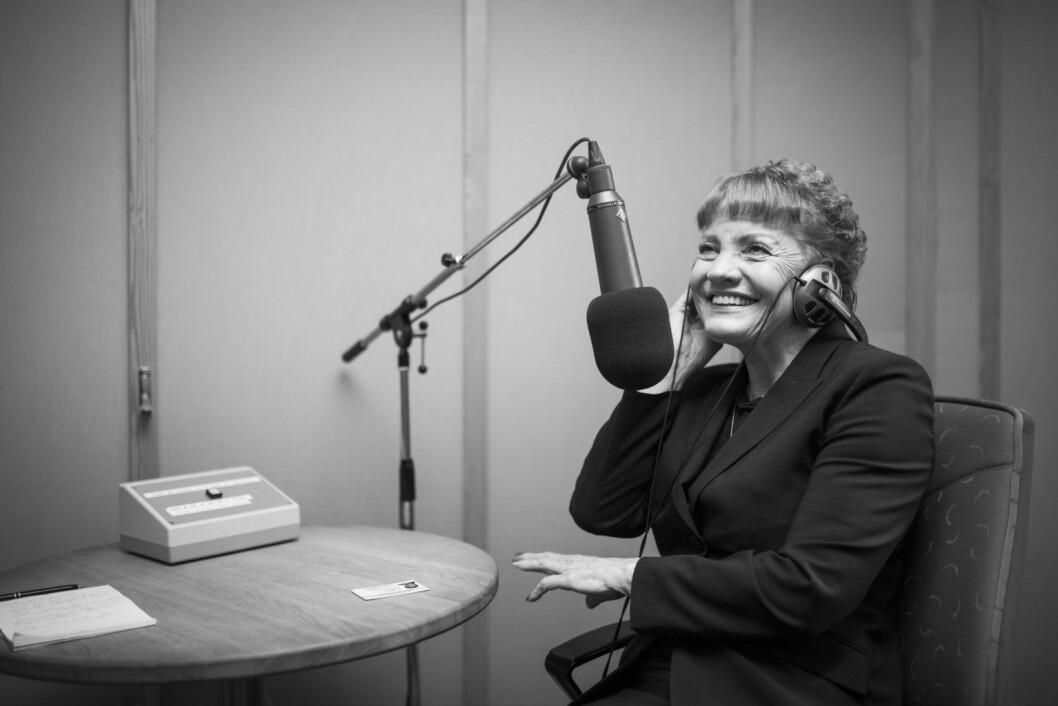 Første visepresident Marit Nybakk (A) intervjues av NRK i Stortingets radiostudio. 27. februar 2017. Foto: Peter Mydske