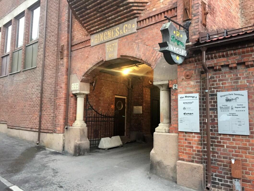 Her ligger inngangen til utestedet Ringnes bryggeri ønsker å åpne i Ringnes Park. Foto: Vegard Velle