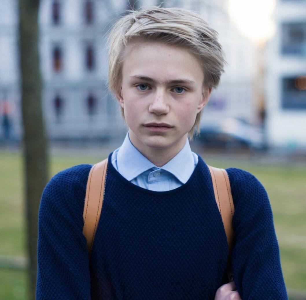 Stort fokus på teoretiske fag og lite individuell tilpasning føler til mistrivsel i ungdomsskolen, mener Edvard Botterli Udnæs, fra Elevorganisasjonen.
