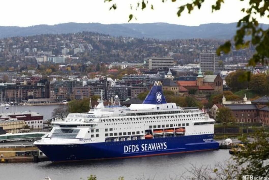 Artikkelforfatterne mener rederiene ikke gjør nok for miljøet. Foto: Jan Petter Lynau / Creative commons