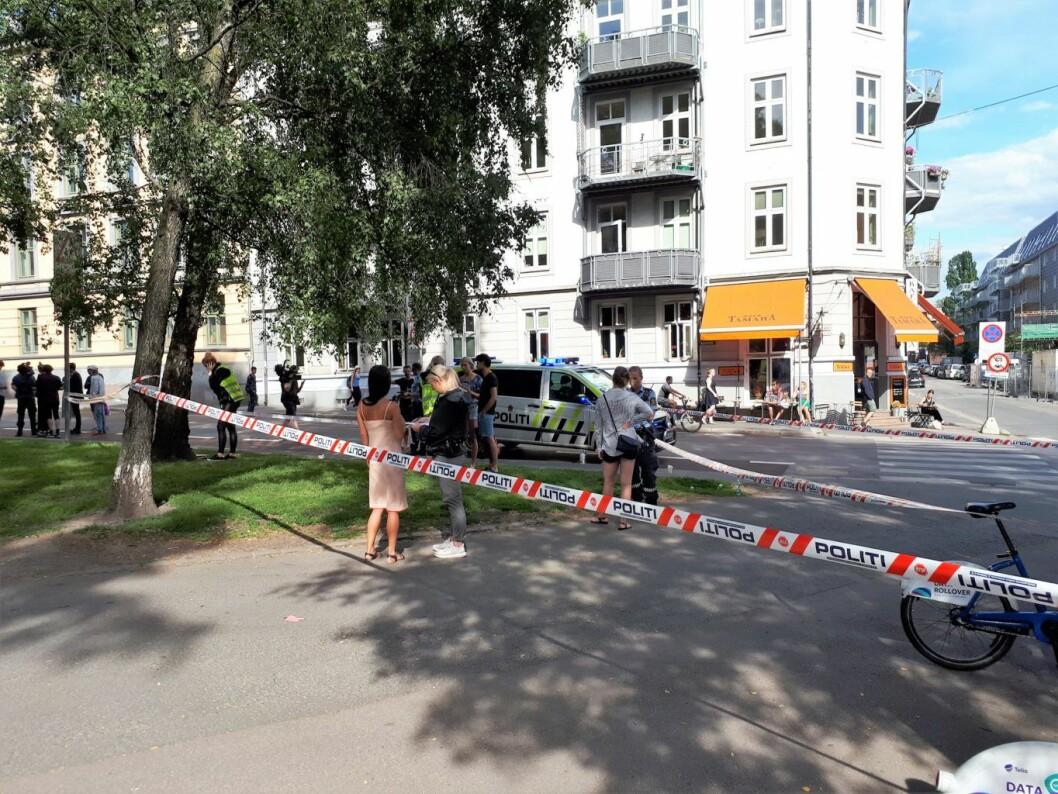 Mann skutt på åpen gate på Grünerløkka. Foto: Christian Øivindsønn Boger