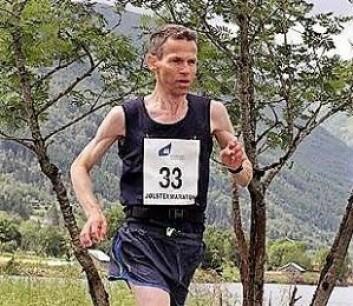 � Det finnes nok av maratonløyper med bakker i Norge. I Oslo kunne man laget en flatere løype, sier Kim Aarlie Larsen, som savner Grønland i årets utgave. Foto: Privat, fra Jølster maraton