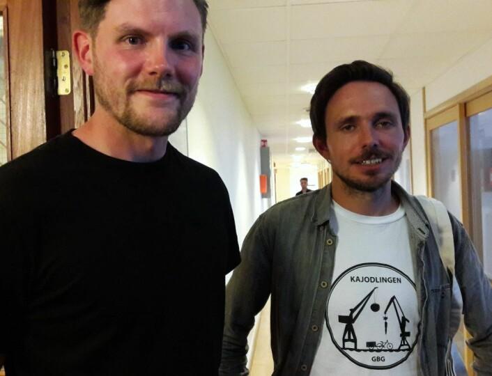 Nei, vi jodler inte, vi odlar mat på kajen, sier Willim Bailey (tv) og Jonas Lindh fra Gøteborg. Foto: Anders Høilund