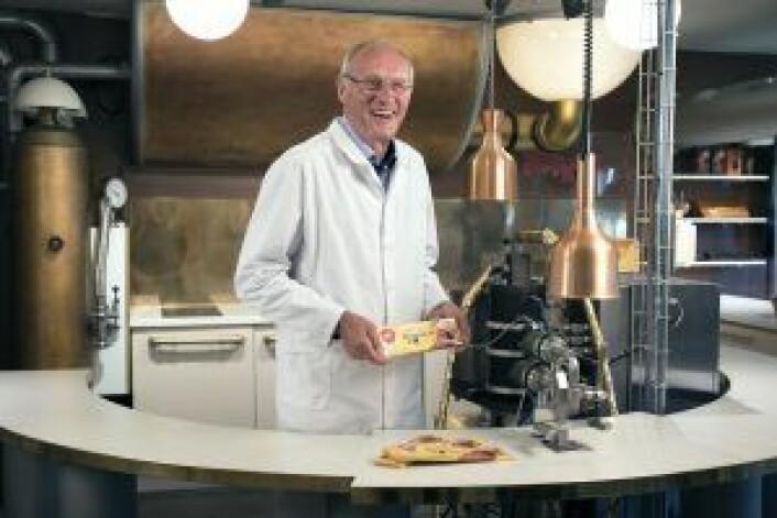 Walter i sitt rette element, på Freia sjokoladefabrikk med Walters Karamell. Foto: Christine Magelssen Bergby