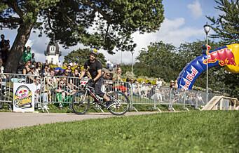 Spektakulær sladding og sykkelakrobatikk i tidenes første Red Bull Sladding. Sjekk video