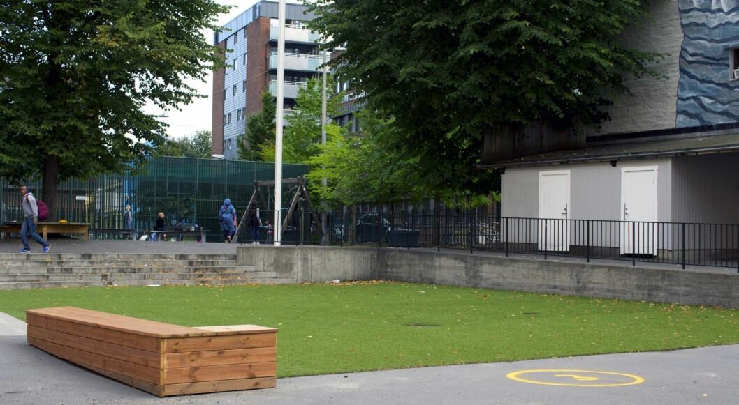 Skolegården på Tøyen skole har fått små oppgraderinger i løpet av sommerferien, men venter fortsatt på en utvidelse. Foto: Merethe Ruud