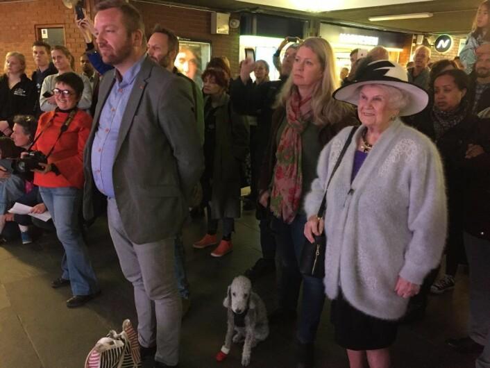 Publikum under åpningen av We are Oslo fotoutstilling. Foto: Vegard Velle