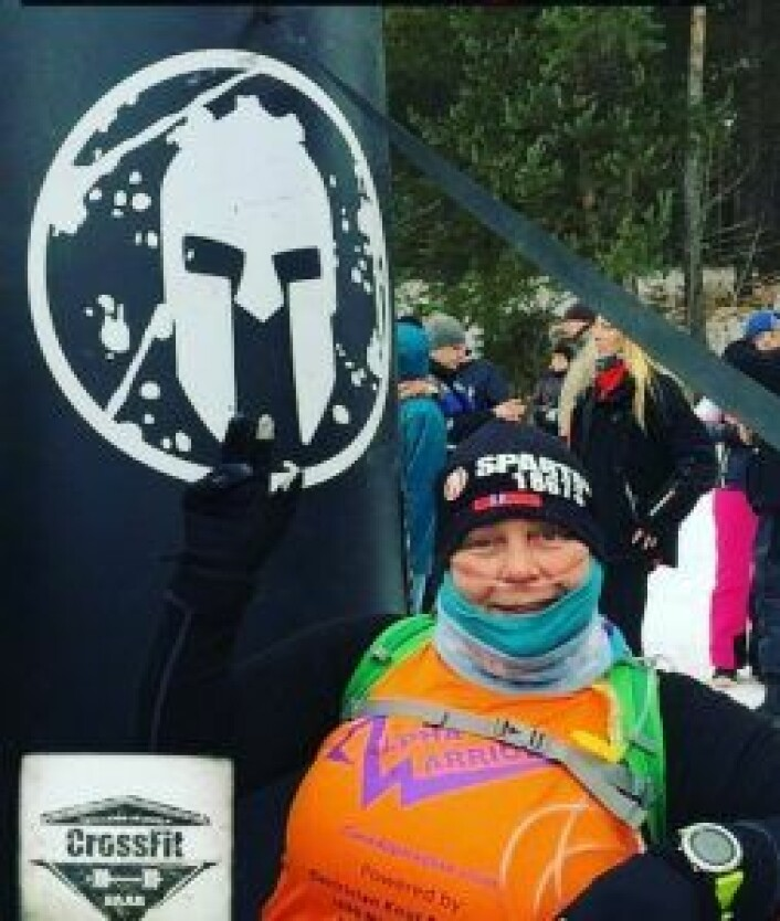 Spartan Sprint er et tøft hindersprint som foregår i flere land. I begynnelsen av april deltok Karen i Spartan Sprint i Ungarn, og ble den første personen under oksygenbehandling som deltok i to slike sprint på en dag. Foto: Privat