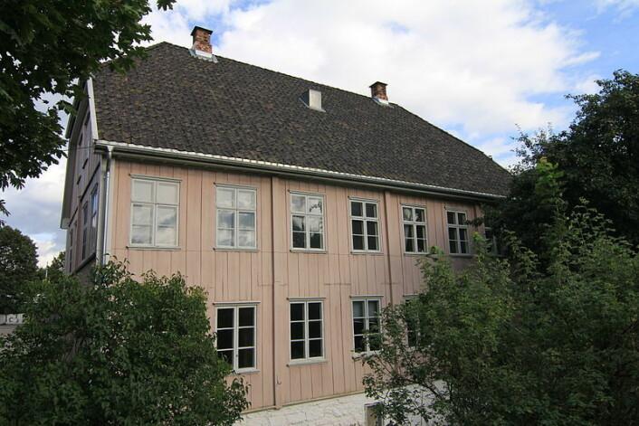 Saxegaarden ligger i Saxegaardsgata 17 i Gamlebyen i Oslo. Foto: Vidariv/Wikipedia